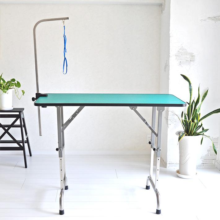 トリミングテーブル 4段階調節式 大型 超大型 サイズ120.2×60cm 高さ64.5~91.4cm 台面グリーン 足ブラック 送料無料