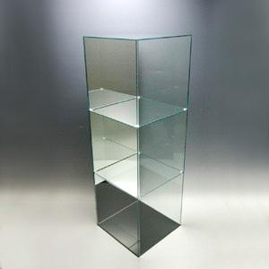 【送料無料】アクリル3段ケースB/5面体/ガラスエッジ/背面ミラータイプ/幅30cm/奥行30cm/高さ91.2cm