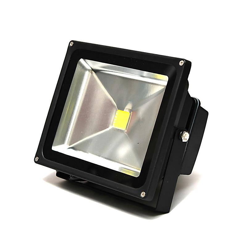 30W LED投光器 AC85V~265V/防水・軽量コンパクトで屋内・室内で使用可能!30Wの消費電力で2700ルーメン光量/300W相当の明るさ!新品/作業灯 非常用ライト フラッドライト 看板灯 floodlight ランタン 懐中電灯 節電 電気代節約 省エネ エコ 最新モデル 次世代