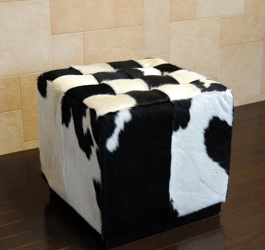 バルセロナ キューブ /ポニースキン/ブラック×ホワイト//ミース・ファン・デル・ローエ作/新品/パーソナルチェア カウンターチェア スツール いす 椅子 イス 一人用