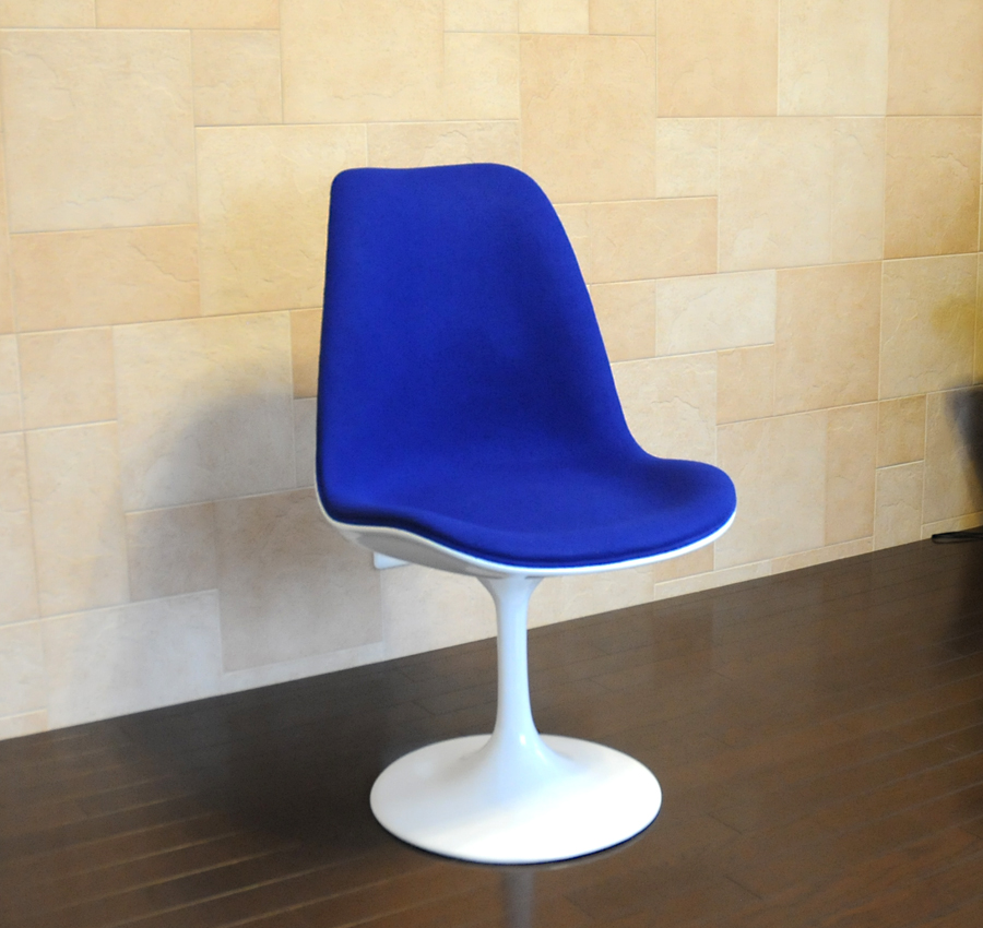 Tulip Chair Type 2 / White X Blue / Eero, Saarinen Created / New Tulip
