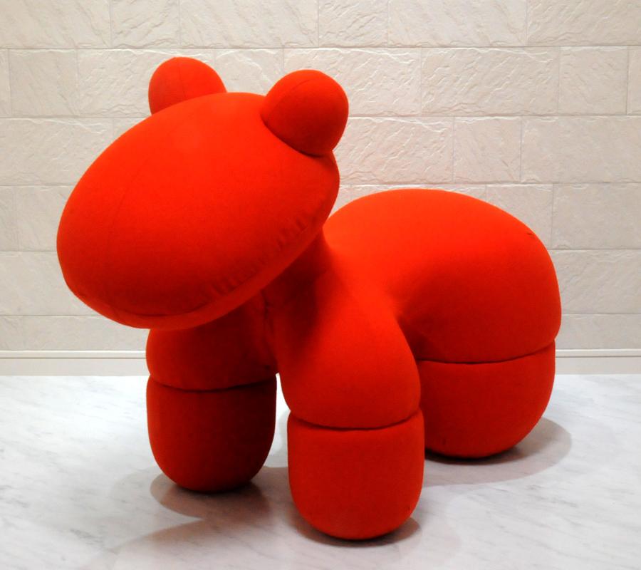 ポニーチェア/エーロ・アールニオ デザイン/オレンジ/新品 pony chair orange Eero Aarnio デザイナーズ家具 椅子 いす イス 子供用 大人用 キッズチェア パーソナルチェア ソファ 一人用 ぽにーちぇあ