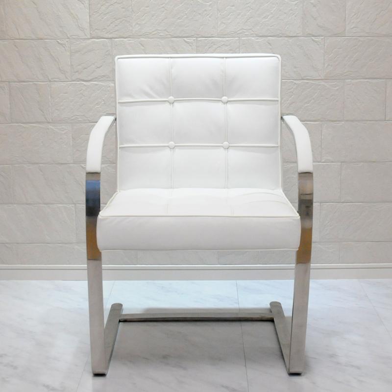 ブルーノチェア/イタリアンレザー本革キルティング加工仕様/カラー:ホワイト/ミース・ファン・デル・ローエ作 新品 Brno Chair Italian leather ダイニングチェア パーソナルチェア カウンターチェア いす 椅子 イス 一人用