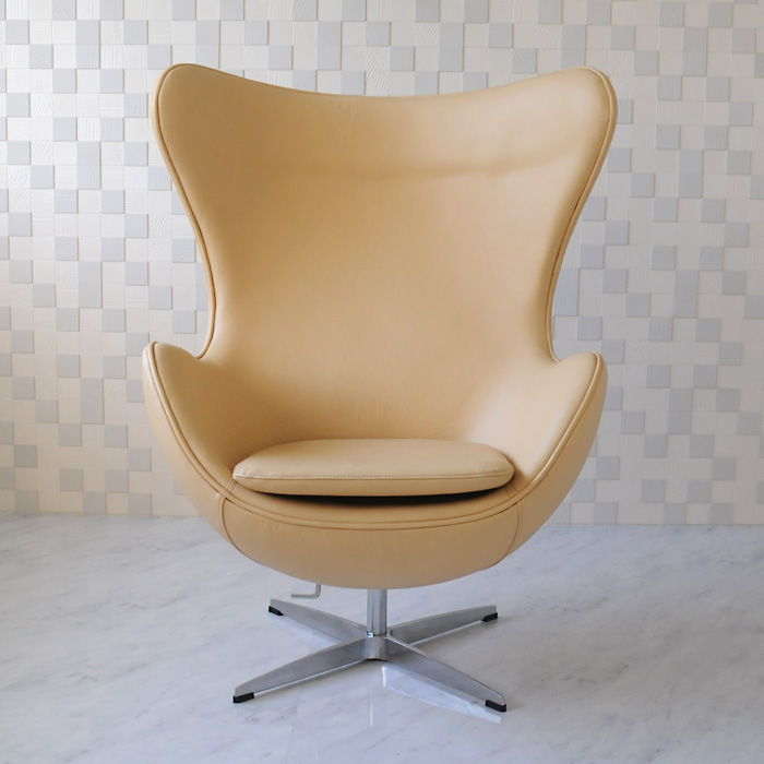 エッグチェア/レザー仕様 ベージュ/アルネ・ヤコブセン/新品 eggchair デザイナーズ パーソナルチェア パーソナルソファ 1人掛け 1人用 ソファ 椅子 いす イス eggchair leather Arne Jacobsen