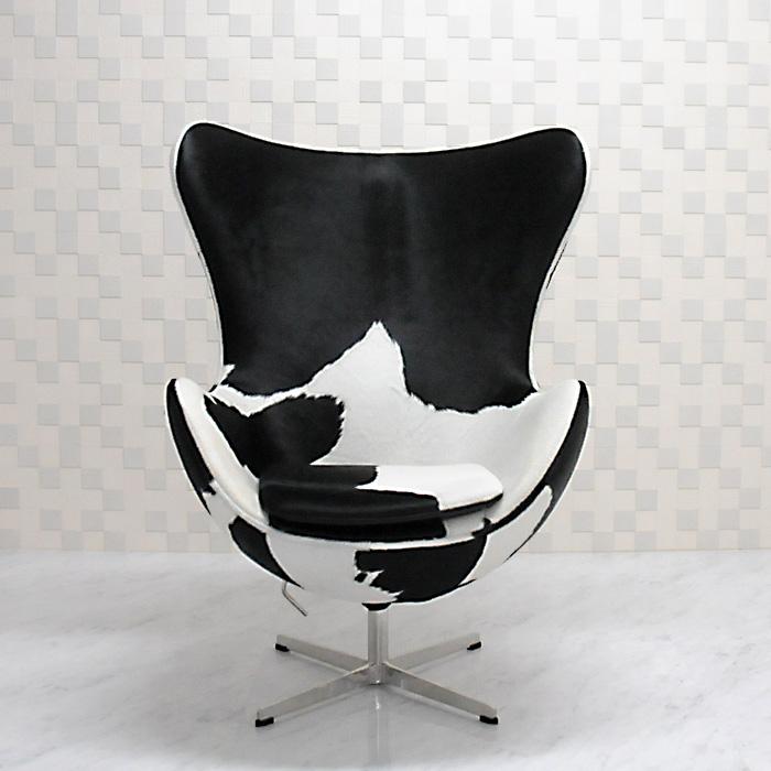エッグチェア/ポニースキン仕様/ブラック×ホワイト/アルネヤコブセン リプロダクトの傑作 新品 eggchair デザイナーズ パーソナルチェア 椅子 イス いす 1人掛け 1人用 ソファ pony skin 送料込