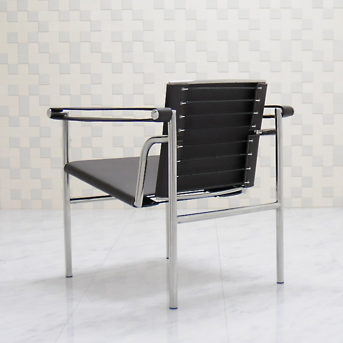 One Of The Masters Le Colbijue Masterpiece Of Modern Architecture. LC1 Sling  Chairs Leather Specifications