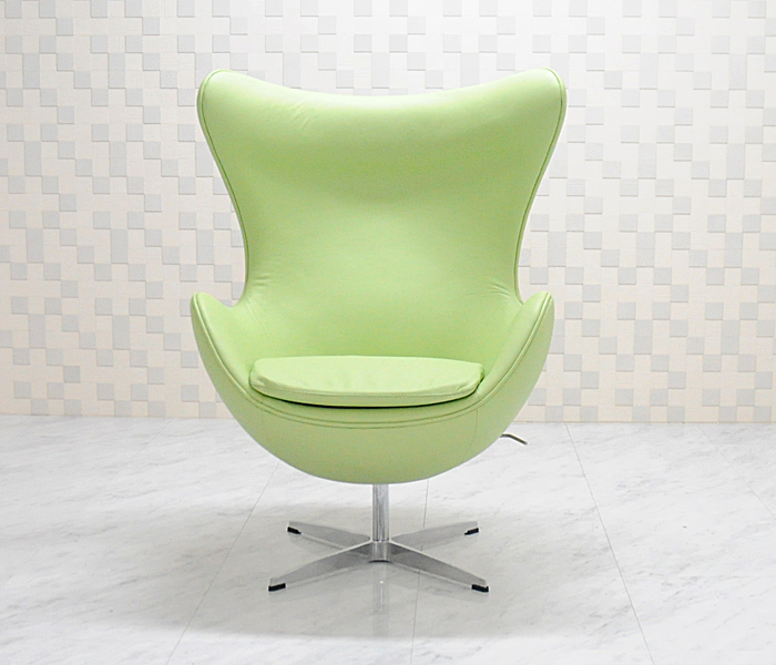エッグチェア/牛皮 レザー仕様 ライトグリーン/アルネ・ヤコブセン/新品 eggchair デザイナーズ パーソナルチェア パーソナルソファ 1人掛け 1人用 ソファ 椅子 いす イス eggchair leather Arne Jacobsen