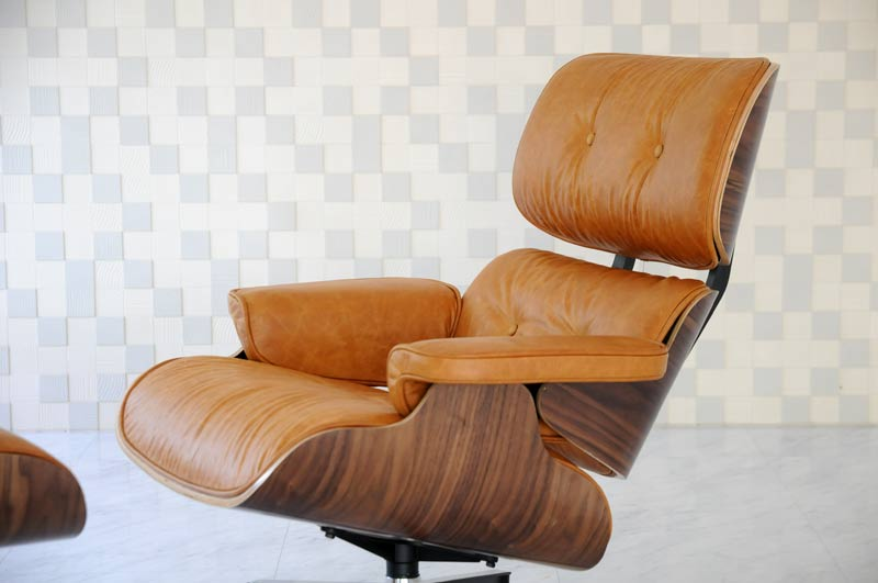 Eames Lounge Chair Vintage Camel X Walnut Oil Wax Leather Total Leather  CharlesRayEames Among Our Customers Per Person For One Seat Chair Chair  Couch Sofa ...