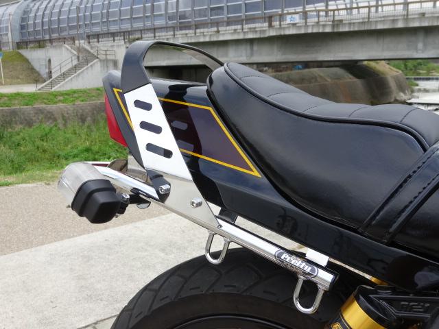 【Pretty Racing】【プリティーレーシング】【マフラー】【バイク用】  ゼファー400/Χ 用 ファッション タンデムバー
