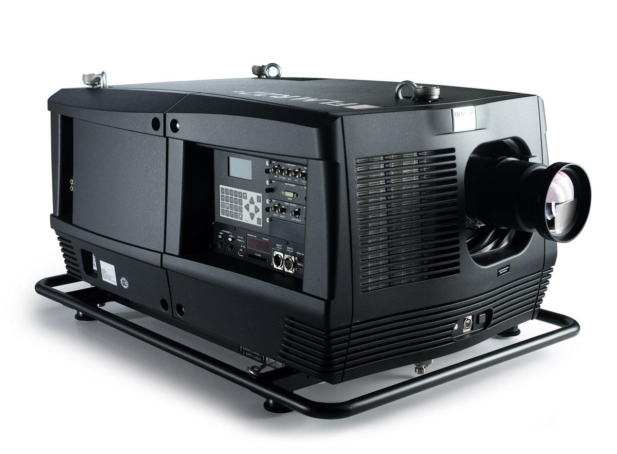 22000ルーメン SXGA+ 3 チップ DLP デジタル・業務用 超大型プロジェクター レンズと予備ランプ付き BARCO FLM R22+【中古】【消費税込】【送料無料】【代引き不可】