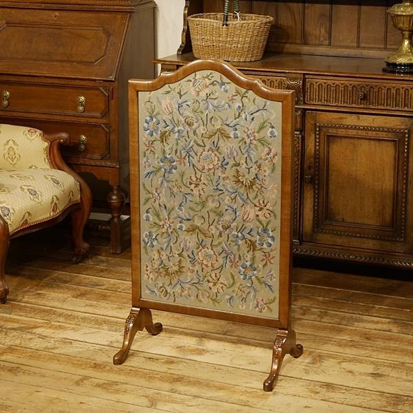 送料無料★英国イギリスアンティーク家具 ファイヤースクリーン 暖炉 衝立 ニードルポイント 刺繍 9546