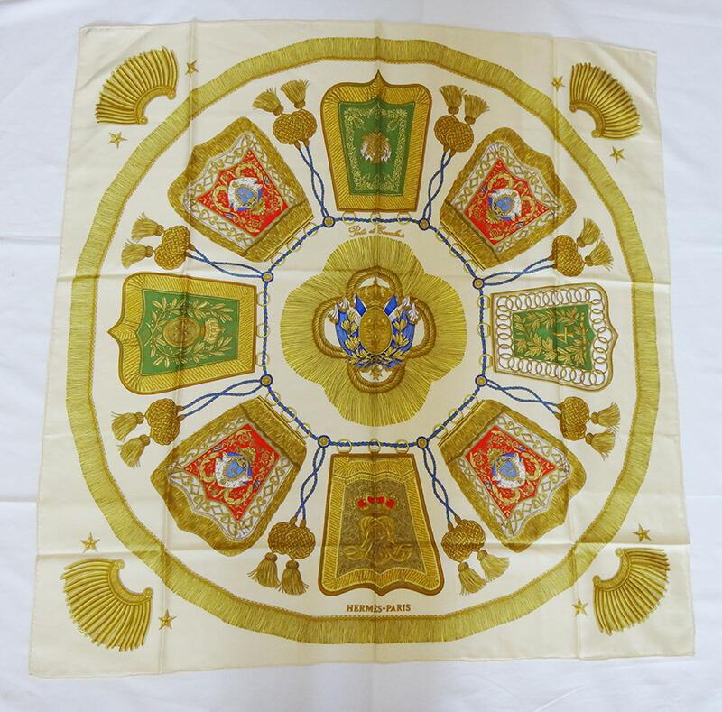 美品 HERMES エルメス スカーフ カレ 90×90 アイボリー×ゴールド PORTE ET CAUABRIE(サーベル飾袋)【中古】