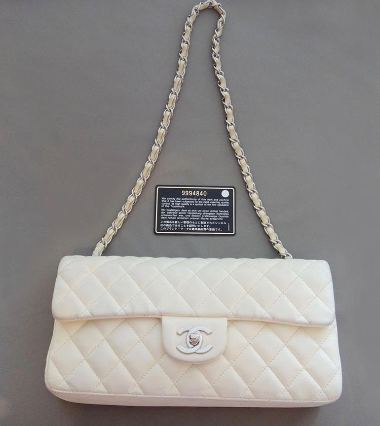 令和記念 CHANEL シャネル マトラッセ チェーンショルダーバッグ 25 鞄 かばん レザー ホワイト レディース 【中古】
