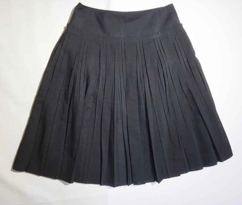 バーバリーロンドン Burberry LONDON ボトムス スカート 黒 レディース プリーツスカート 【中古】t-003