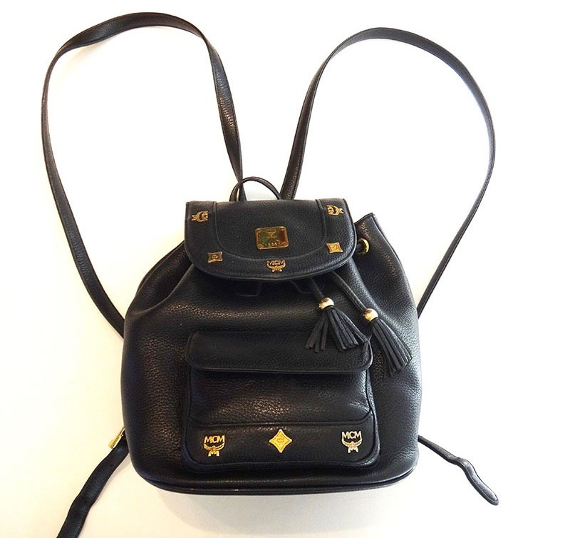 MCM エムシーエム リュックサック バッグ 黒 レザー バックパック【中古】
