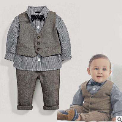 キッズ ファッションセットアップ 人気キッズ紳士風 4点セット 新品未使用品 t-003△△w7605