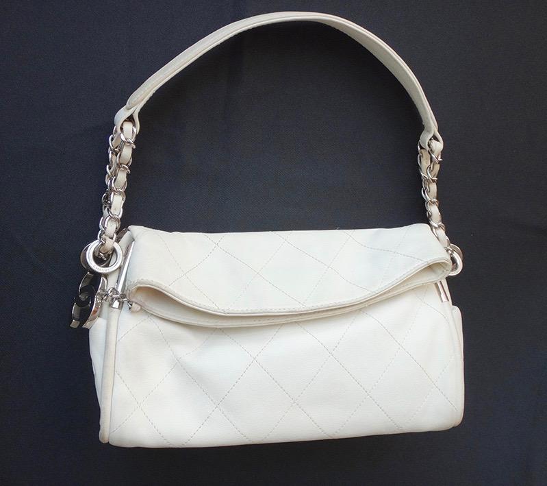CHANEL シャネル バッグ チェーン ショルダー レザー オフホワイト レディース ハンド 鞄 かばん 【中古】