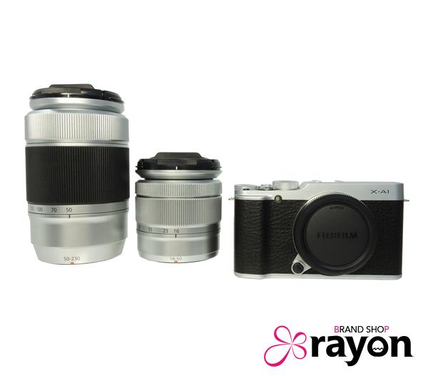 FUJIFILM フジフィルム X-A1 ダブルズームレンズキット ミラーレス 一眼 カメラ シルバー×ブラック 約1630万画素 XC16-50mm F3.5-5.6 OIS XC50-230mm F4.5-6.7 OIS F X-A1S 1650 50230KIT 【未使用品】【中古】【USED S】【限定特価】【現品限り】【rayon】