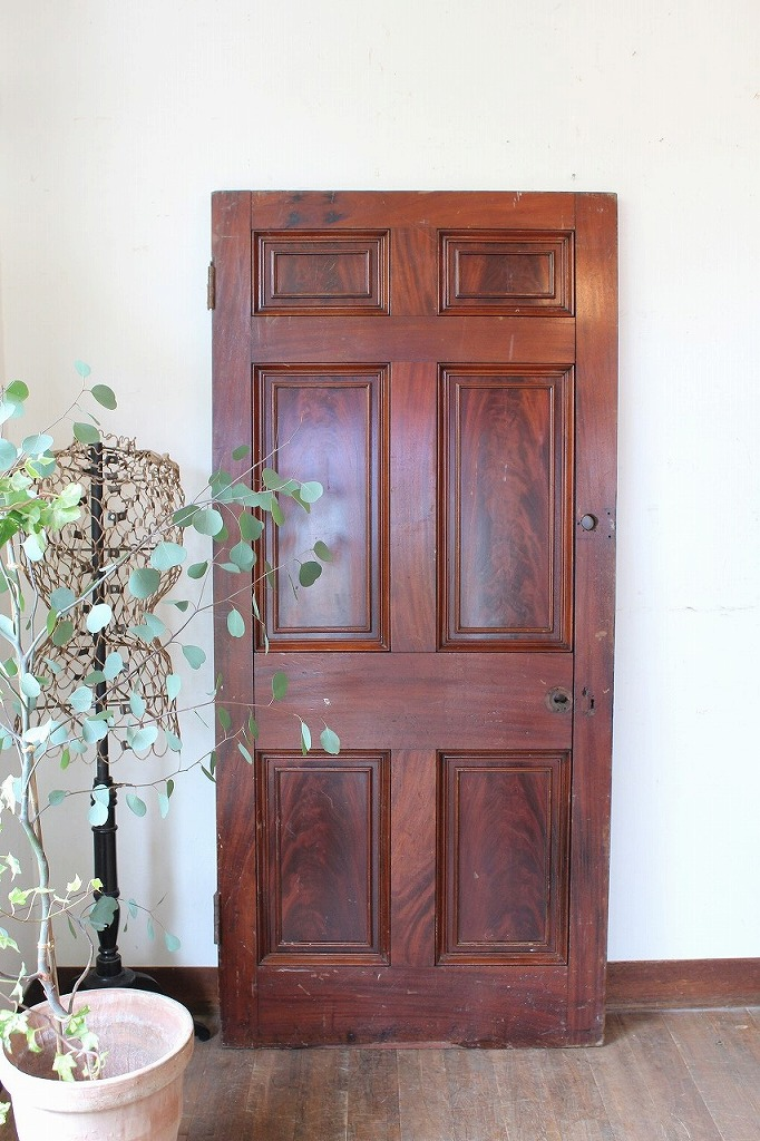 H1-32 英国アンティーク ブラウンのドア