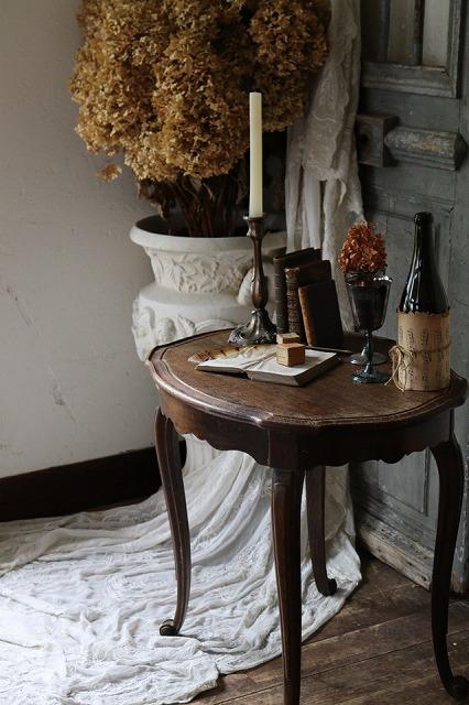 おしゃれ 古いテーブル 古い机 25%OFF フランスアンティーク ガブリオールレッグ スモールテーブル U162 サイドテーブル 評価 サブテーブル
