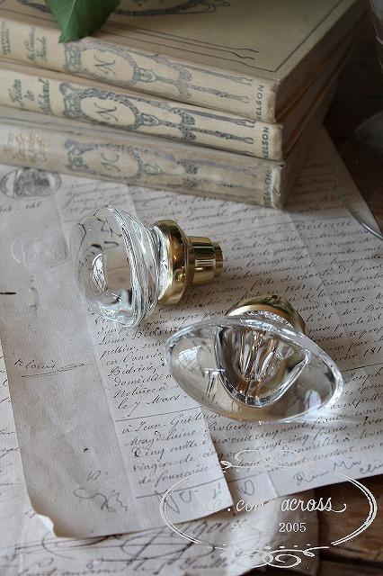 ヴィクトリアン調 ガラスのドアノブ・オーバル・パーツ S741