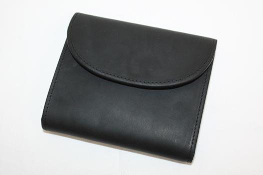 SETTLER OW1058 SMALL 3 FOLD PURSE 三つ折り レザーウォレット コインポケットに5つのカードポケット付き 10cm x 12cm ブラック