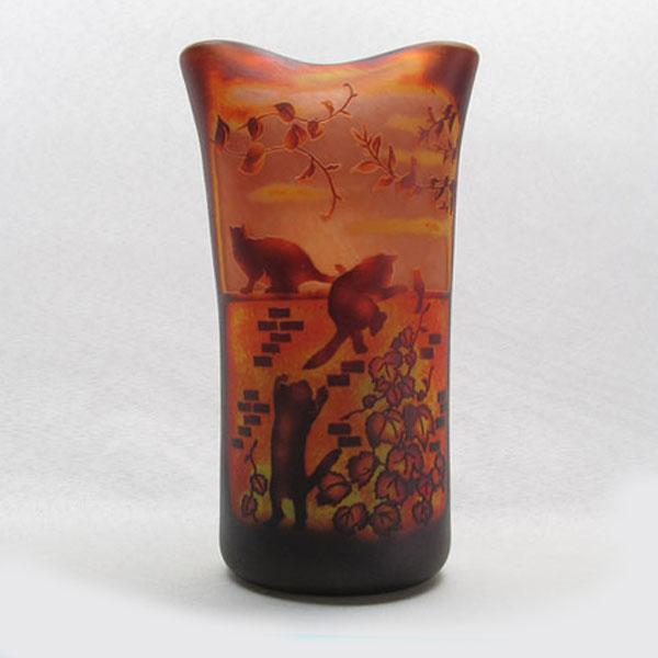 猫の手作りガラスランプ フロア(ルーム)ランプ ともだち|こもれびガラス工房| 猫グッズ 猫雑貨 猫 ねこ ネコ|ガラス ランプ|