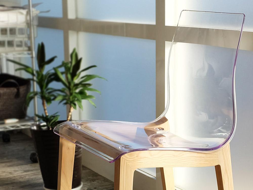 harmonia(ハーモニア) ダイニングチェア クリア 透明 デザイナーズチェア ウッドベース 食卓 椅子 イス お洒落 リビング パーソナルチェア チェア