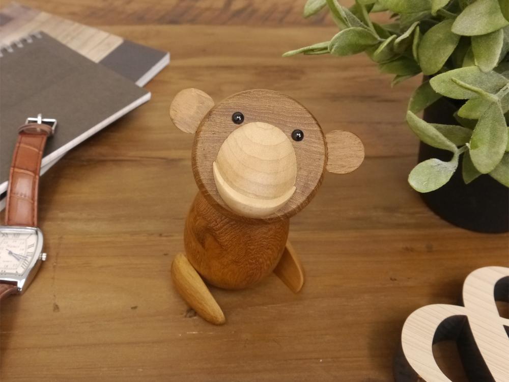ロイヤルペット モンキー Royalpet Monkey 木製玩具 フィギュア 木のオブジェ サル 猿 動物 アニマル レトロ ジェネリックリプロダクト 申年 インテリア 北欧雑貨 気質アップ 置物 母の日 人形 縁起物 父の日 干支 好評 ギフト