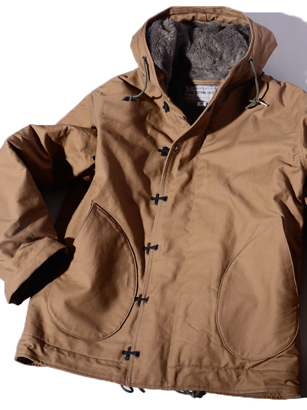 9465464c56 It is a present giftwrapping in BUZZ RICKSON'S バズリクソンズ N-1 deck jacket parka  men ...