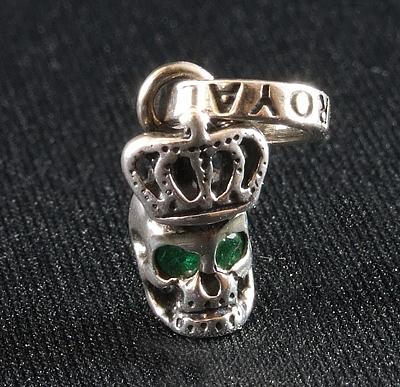 ロイヤルオーダー【公式】【ペンダント】Skull with Crown with Emerald in eyes 【ROYAL ORDER】
