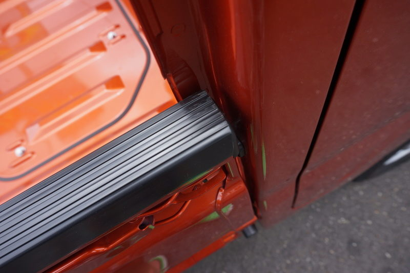 The thickness for three gate protectors new light truck: Approximately 3mm