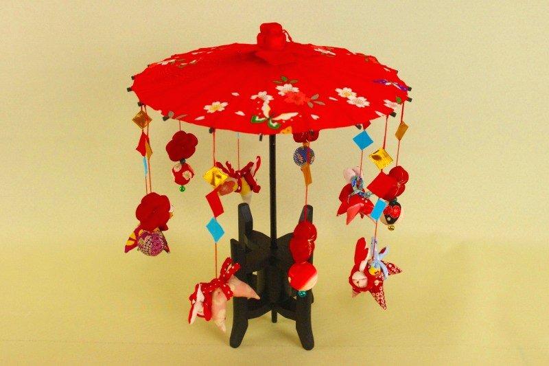傘福 赤和柄 うさぎ這い人形 笠福・さげもん傘飾り・雛祭り・つるし雛・安産祈願・出産祝い