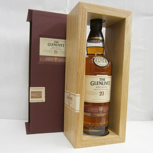 【送料無料】グレンリヴェット21年 アーカイブ 並行 43% 700ml シングルモルトスコッチウイスキー