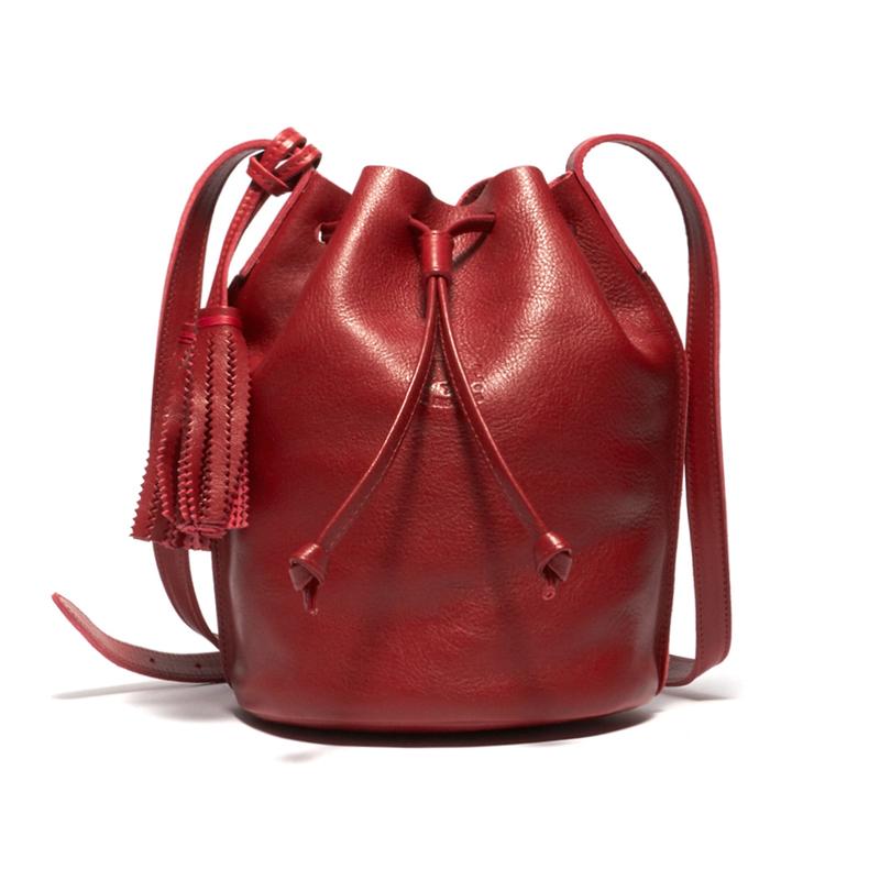イルビゾンテ IL BISONTE 巾着バッグ A2601 245 RED 本革 レッド 赤 ショルダーバッグ 斜め掛け メンズ 男性 レディース 女性 プレゼント ギフト 新品