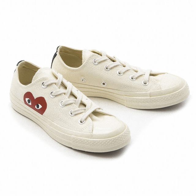 3c4726b97db9 コムデギャルソン COMME des GARCONS AZ-K111 Converse collaboration sneakers PLAY X  Converse Chuck Taylor All Star milk white MILK WHITE Lady s men unisex ...