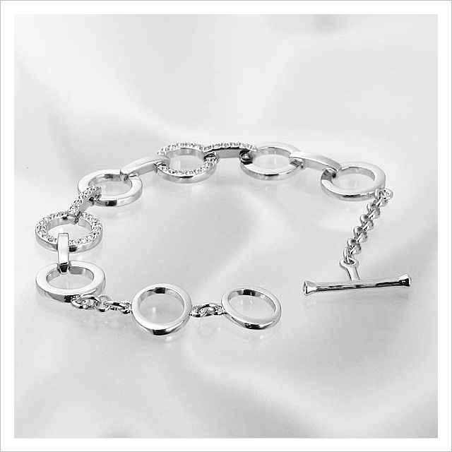 Swarovski Crystal Circle bracelet Bangle 678223 CIRCLE BRACELET