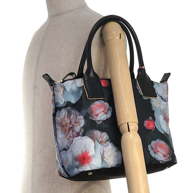 1e2cf765945008 Ted Baker Ted Baker TED BAKER CHICHI tote bag CHELSEA PRINTED NYLON SMALL  TOTE BLACK flower pattern black system multi-139597 XBR3 00