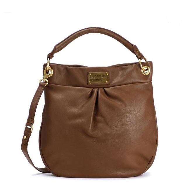 b9328a972b3b It is bag CLASSIC Q at mark by mark Jacobs  MARC BY MARC JACOBS shoulder  back brown handbag bias