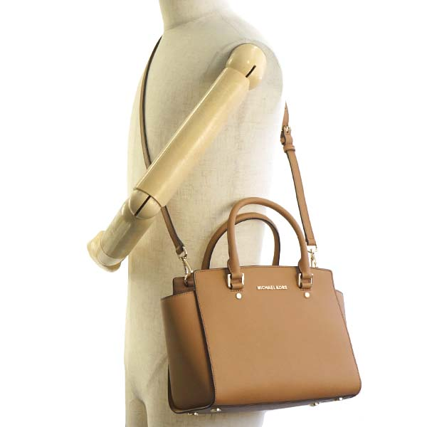 d515153028f8 Michael Kors MICHAEL KORS Michael Kors handbag 30S3GLMS2L 203 MD TZ SATCHEL  SELMA ACORN MK shoulder bag shawl light brown beige Lady s present gift is  new