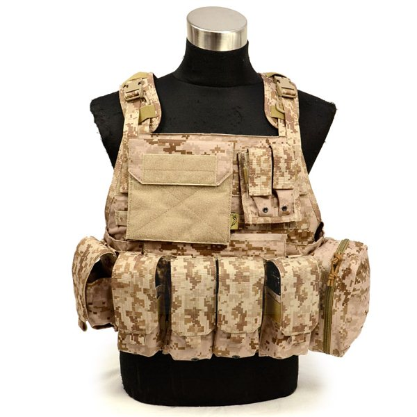 FLYYE MOLLE Style PC Plate Carrier with Pouch set AOR1 サバゲー,サバイバルゲーム,ミリタリー