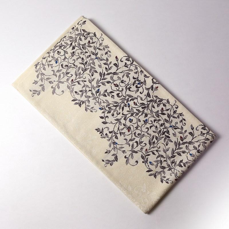 袋帯 お仕立て済み未使用品 西陣織 弥栄織物 唐草文様 アイボリー色 六通柄 レディース/カジュアル~セミフォーマルまで 送料無料