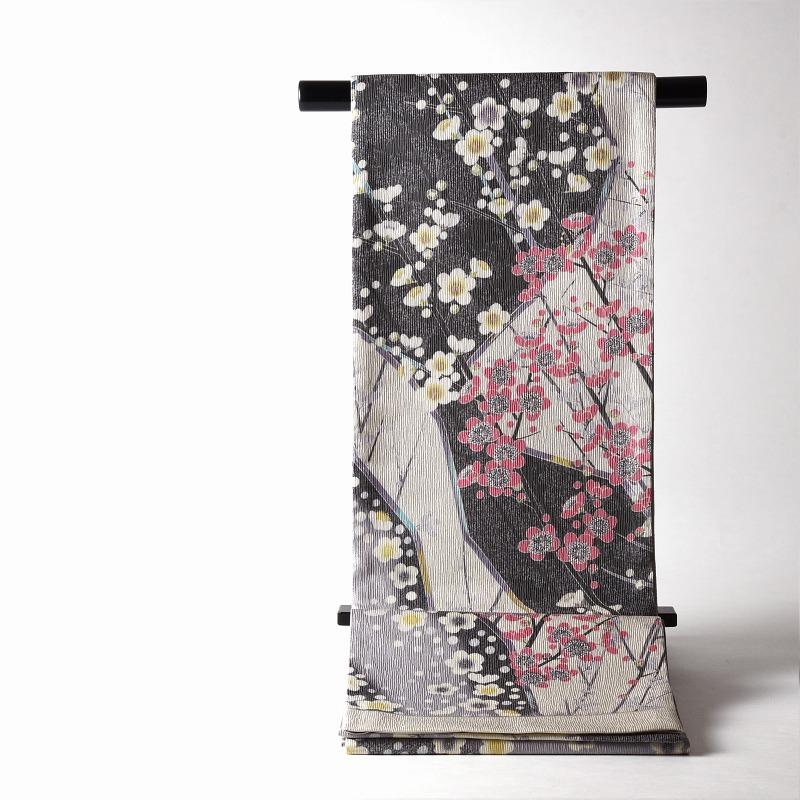 袋帯 梅の花鳥風月 灰色、生成り色 全通柄 銀糸織込み カジュアル~セミフォーマル用 送料無料 お仕立て付き♪ 羽田工房調