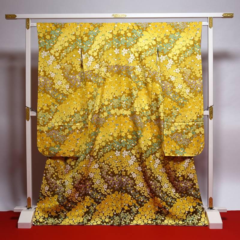 振袖 新古品(未使用品) お仕立て済み お仕立て上がり 正絹 植物地紋 濃黄色 吹き寄せ尽くし 金駒刺繍入り 身長156cm~166cmくらいの方に 裄66.5cm あす楽 送料無料 正絹振袖