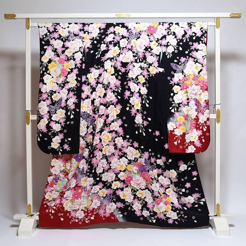振袖 中古 お仕立て済み お仕立て上がり 桜、牡丹、菊 黒色 身長148cm~158cmくらいの方に 裄65cm あす楽 送料無料 正絹振袖 リサイクル