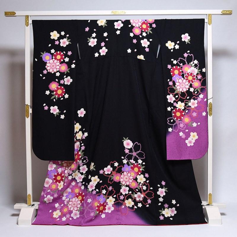 振袖 中古 お仕立て済み お仕立て上がり 可憐な花々 黒色 身長161cm~171cmくらいの方に 裄69cm あす楽 送料無料 正絹振袖 リサイクル