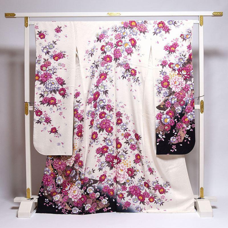 振袖 中古 お仕立て済み お仕立て上がり 熨斗に牡丹、桜、菊 白色 身長154cm~164cmくらいの方に 裄65cm あす楽 送料無料 正絹振袖 リサイクル