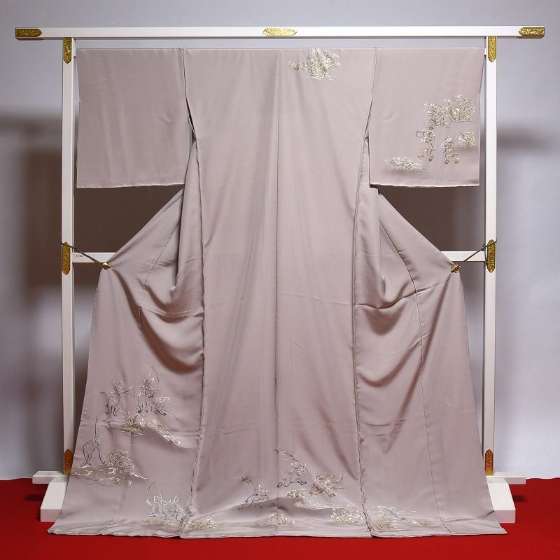 訪問着 手縫いお仕立て付き♪鳥獣戯画の手刺繍 砂色 【裄71.5cmまで】結婚式・披露宴・パーティ・お見合い・結納・入卒式・宮参り・七五三に♪送料無料