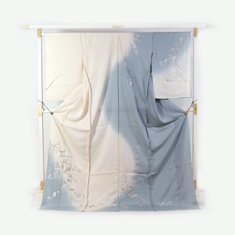 訪問着 手縫い袷お仕立て付き 刺繍 日本の絹丹後ちりめん使用  唐花文様/水浅葱色とごく薄クリーム色 結婚式・披露宴・パーティ・お見合い・結納・入卒式・宮参り・七五三に♪送料無料