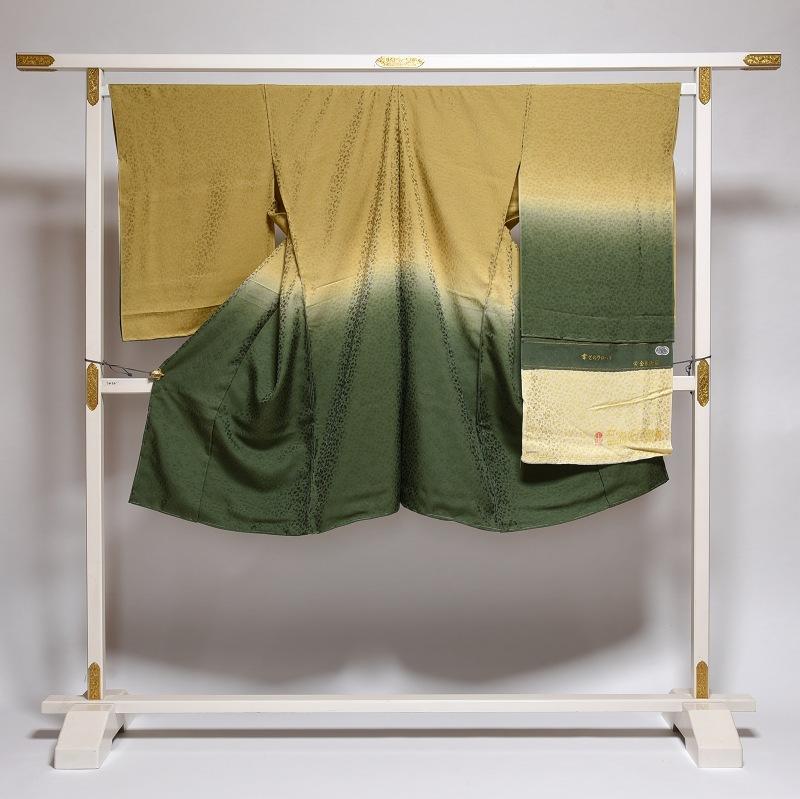 手縫いお仕立て付き 幸せのクローバー 黄金の繭 コート地 着丈約115cm位まで、裄69cmまで